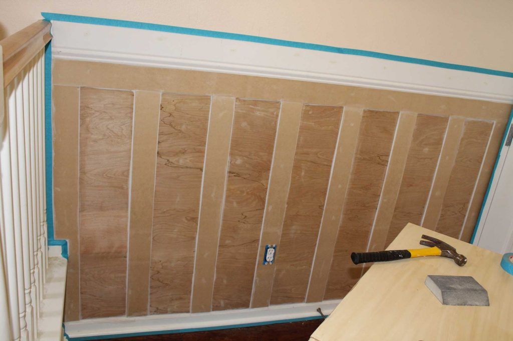 Make sure you have perfect board and batten and wainscoting for your space with these tips and tricks! #wainscoting #DIY #boardandbatten #DIYProjects #HomeImprovement #AButterflyHouse