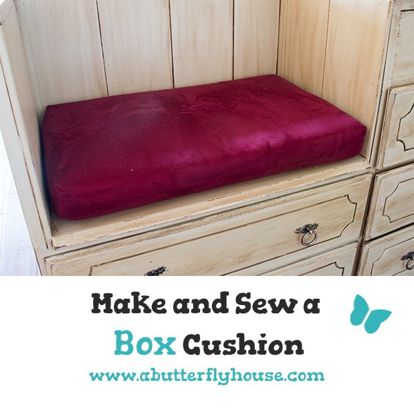 Make a custom sized box cushion for any room with this tutorial! #Sewing #Cushion #DIY #DIYProjects #Crafts #AButterflyHouse