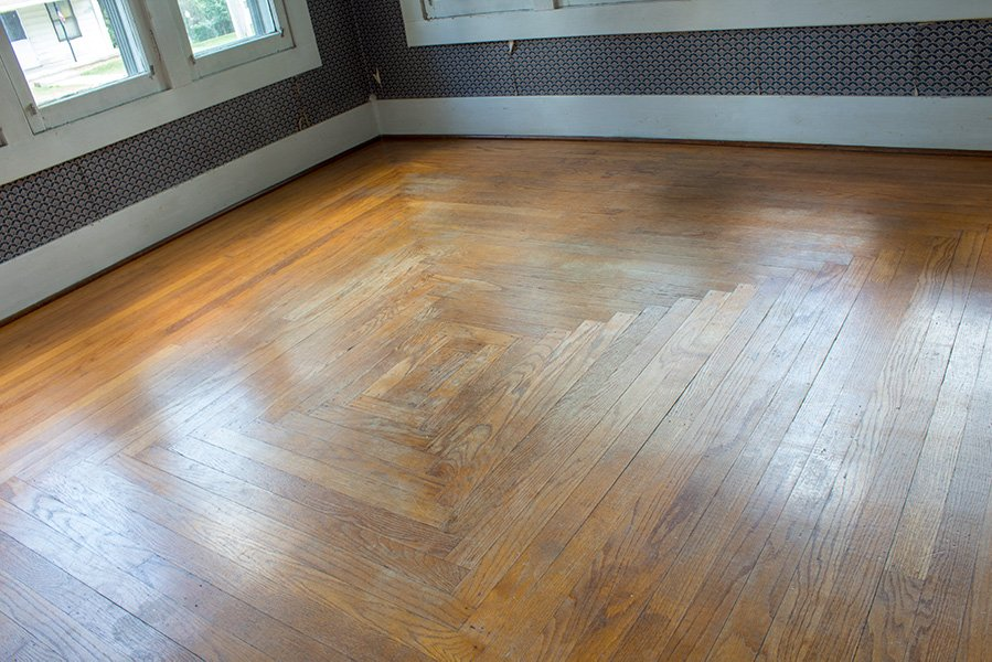 Super useful tips to make refinishing your hardwood floors just a tad bit easier! #hardwoodfloors #DIY #DIYProjects #AButterflyHouse