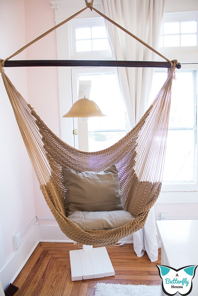 Unsure how to hang your hammock chair? Learn how to hang a hammock chair in plaster ceilings! #HomeImprovement