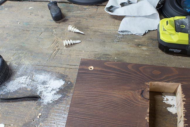 Do you really need a pilot hole? Come find out when to drill and when to skip the pilot hole! #woodworking