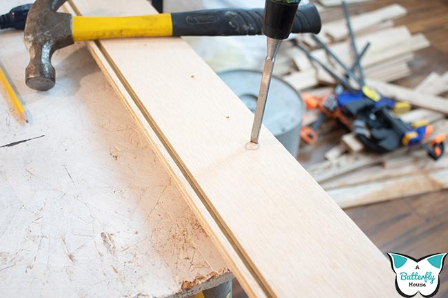 Chisel in wood